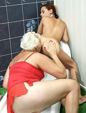 Lesbian Teen Ass Licking Porn Pictures