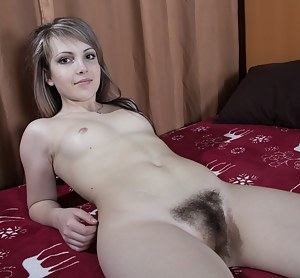 Teen Hairy Pussy Porn Pictures